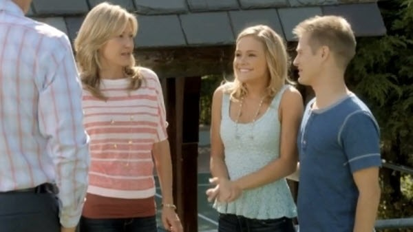 Switched at Birth - Season 2 Episode 21: Departure of Summer
