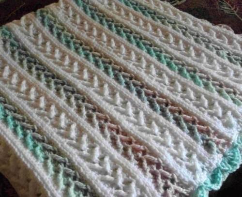 Arrow Stitch Crochet Afghan - Free Pattern