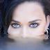 "Grammy, pode entrar! De surpresa, Katy Perry lança a música ""Rise"", para as Olimpíadas"