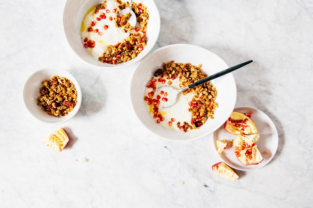 maple orange amaranth granola (vegan + gluten-free)