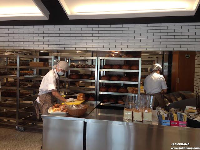 麵包師傅製作中