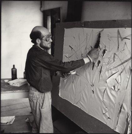 Tocho T8: GUSTAV METZGER (1926-2017): CREACIÓN PORQUE DESTRUCCIÓN