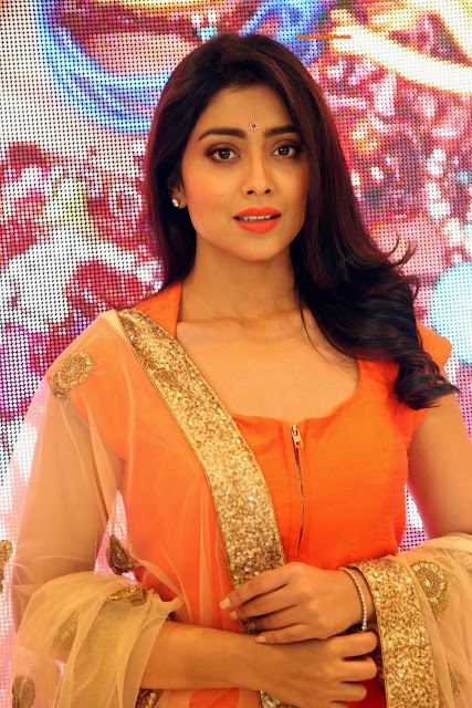 shriya hot cute