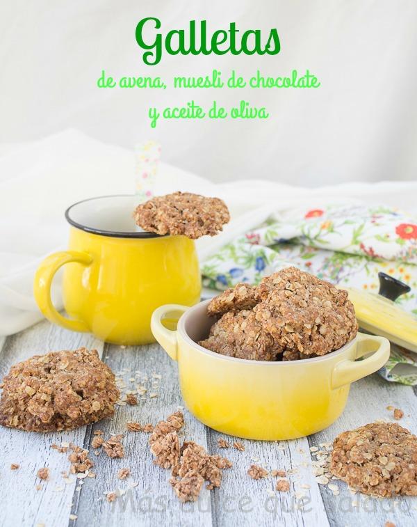 Galletas de avena, muesli de chocolate y aceite de oliva