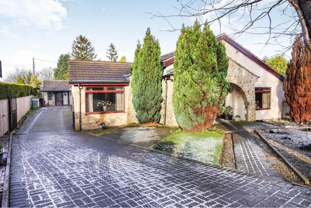 This Is Bradford Property - 4 bed detached bungalow for sale Stoney Ridge Road, Bingley BD16