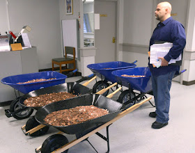 http://www.heraldcourier.com/news/virginia-man-spends-to-deliver-pennies-to-lebanon-dmv/article_7ce44fc2-ea36-5638-9358-25bc5d01a5dd.html