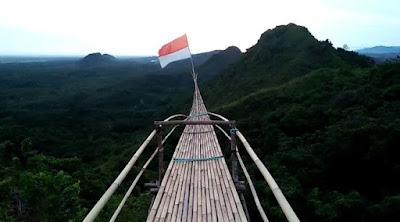 Bukit Halinjuangan Mawangi, Spot Foto di Bukit Halinjuangan, Pemandangan Puncak halinjuangan