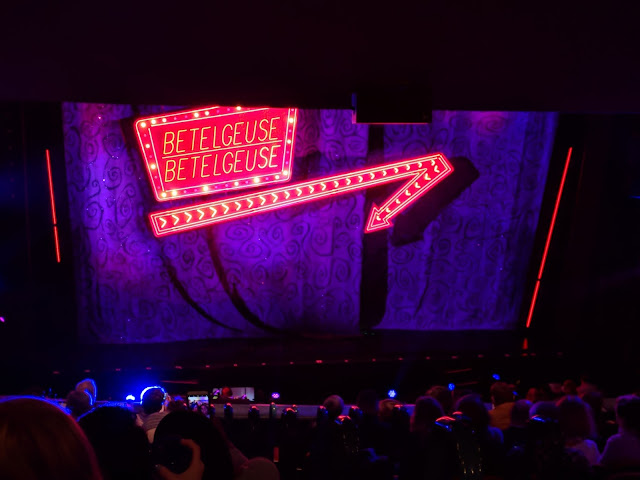 Beetlejuice-broadway-curtain