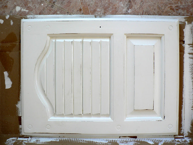Paint Furniture - Light Distressing