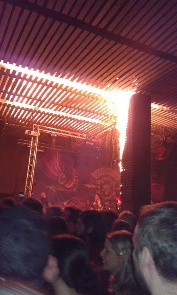 Bucuresti: Un incendiu a cuprins doua cladiri, amenintand ...  |Incendiu Bucuresti