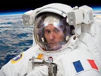 Dans la combi de Thomas Pesquet Marion Montaigne EVA avis critique chronique blog BD Astronaute Station spatiale espace