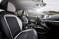 Fiat Tipo Hatchback (2017) Interior