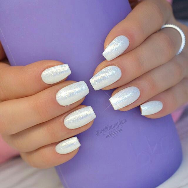 Shiny White Nail Arts