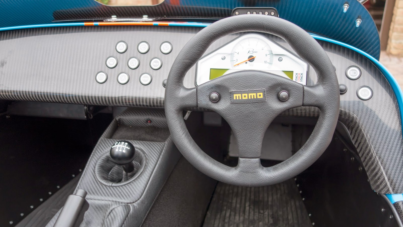 Finally - MY steering wheel now fitted.