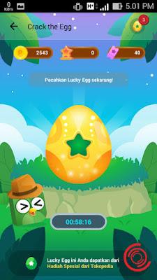Setelah masuk di menu Crack the Egg silakan kalian pecahkan telurnya dengan cara ditekan
