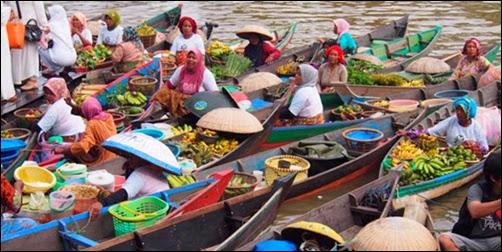 Pasar Unik di Kalimantan, Pasar Terapung Sungai Barito