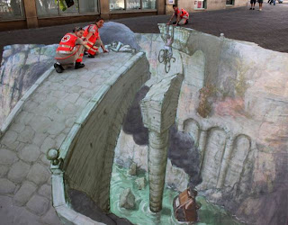 Arte urbano en el piso