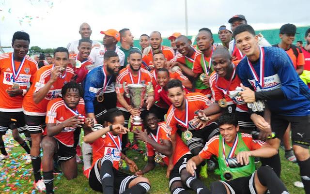 Cibao FC supera 2-0 a O&M, se corona campeón