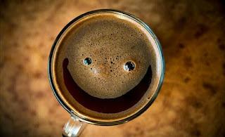 café con miel para empezar la mañana con energía