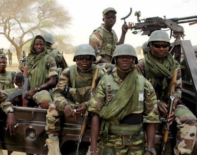boko haram kills 2 nigerian soldiers niger republic
