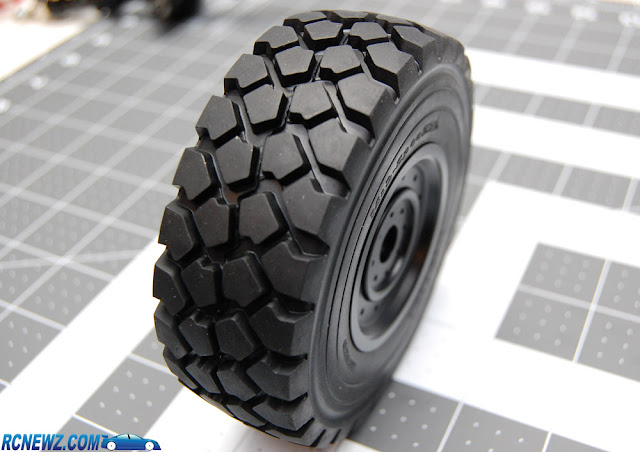 RC4WD Beast 2 tire tread pattern