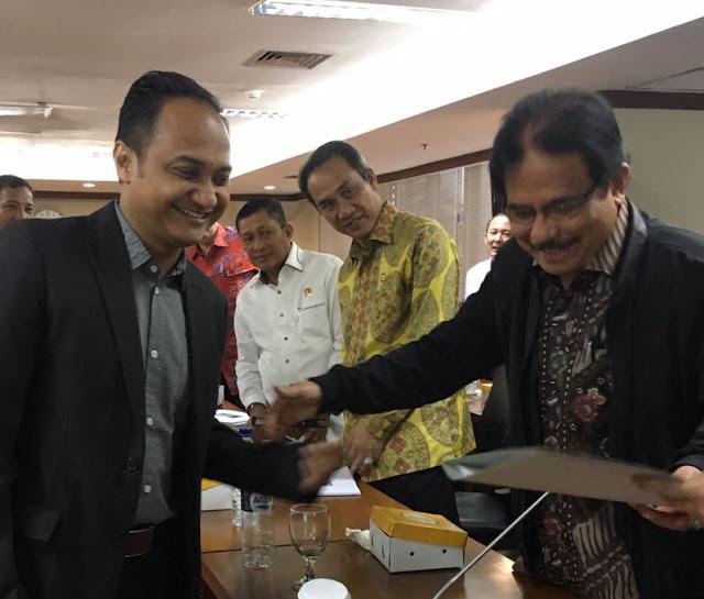 Fachrul Razi Serahkan Berkas Konflik Lahan ke Kementrian Pertanahan