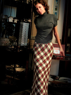 http://s-fashion-avenue.blogspot.it/2013/12/tartan-maxi-skirt.html
