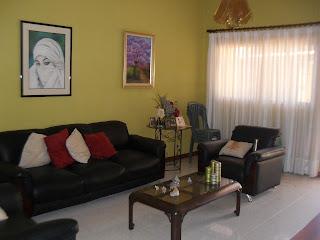 Asesoría Inmobiliaria + 58 04123605721 Tiene varios inmuebles en la zona para vender o alquilar en la Zona. Esta hermosa casa se encuentra km 14 del junquito con vista hermosa a Caracas..tiene una cocina super espaciosa, un salón para tomar te o charlar con las amistades y hacer parrilla en Familia.. Casa en Monte Alto, km 14 de 1.553 mts de terreno, construcción 383 mts 3 habitaciones, 3 baños, sala grande, cocina grande, terraza muy acogedora para tomar te, estacionamiento para 2 vehiculo, con anexo de tres (3) apartamento ..575 mts...  Concretar cita 0212.4223247/04123605721 Excelente Inversión, Estamos solicitando inmuebles en la zona..0212.4223247/04123605721