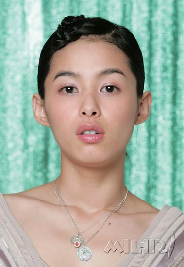 Kang Hye Jung | Artists From Asia