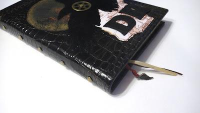 """Черный ежедневник в кожаном переплете: натуральная кожа, тиснение """"рептилия"""""""
