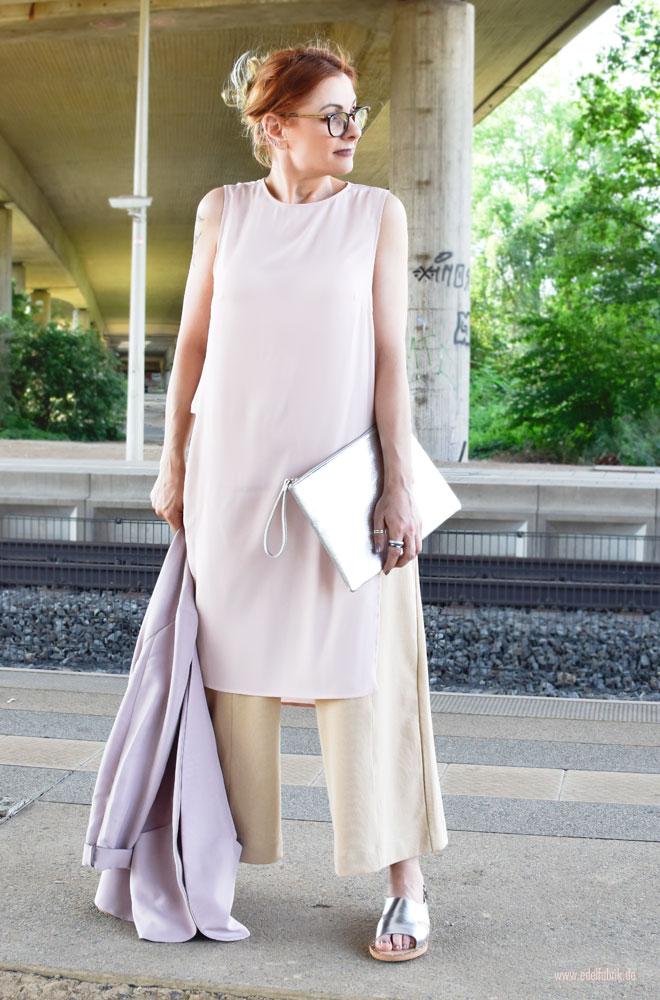 Was trägt man als Frau im Sommer im Büro, Leichtes Outfit