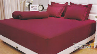 sprei Internal Vallery Dark Red
