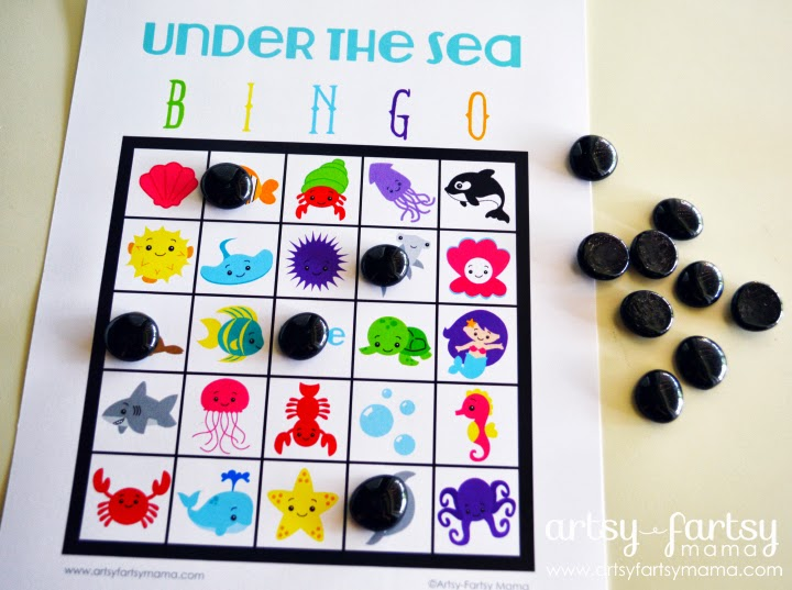 Free Printable Under the Sea Bingo at artsyfartsymama.com #printable #bingo #freeprintable