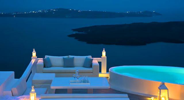 Aqua Suites - Santorini