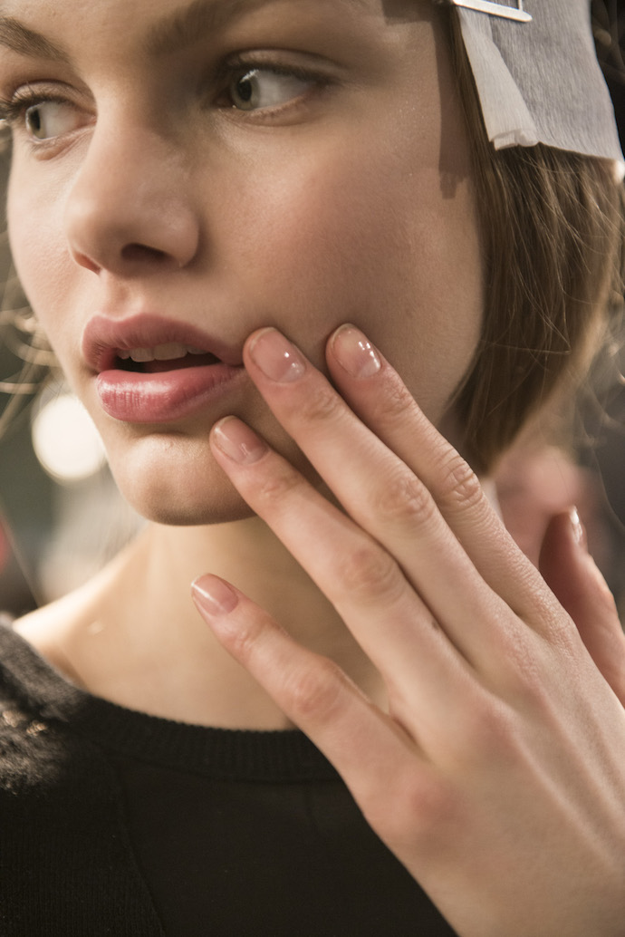 NYFW Fall/Winter 2016 nail trends Vera Wang