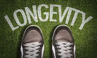 Μακροζωία: Ένας ρεαλιστικός στόχος - Μπορούμε να ζούμε μέχρι τα 100 χωρίς φθορές;