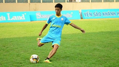 CLB Khánh Hòa đôn cầu thủ Hoàng Nhật Nam