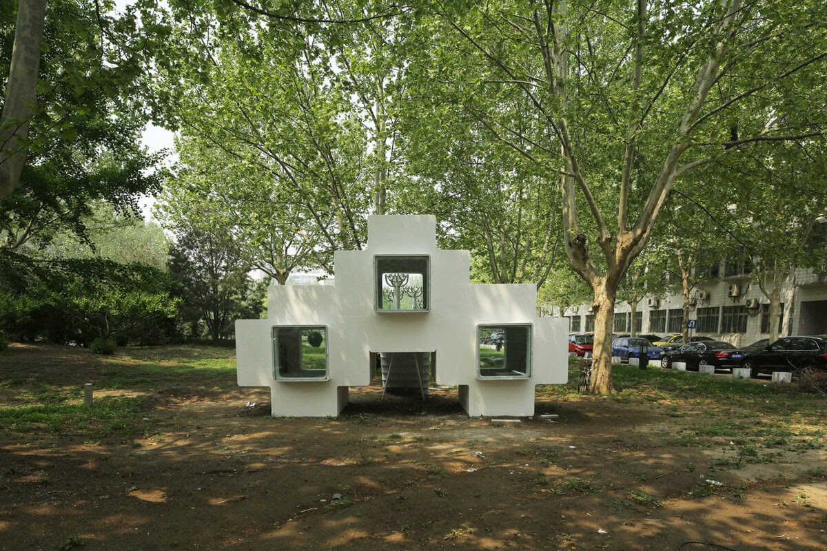 02-Back-Elevation-Liu-Lubin-Space-Invaders-Tiny-House-Architecture-www-designstack-co