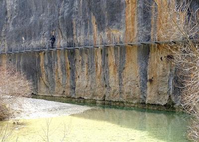 Las pasarelas del rio Vero en Alquézar