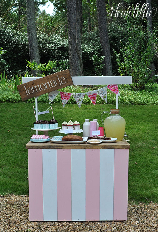 tabletop lemonade stand