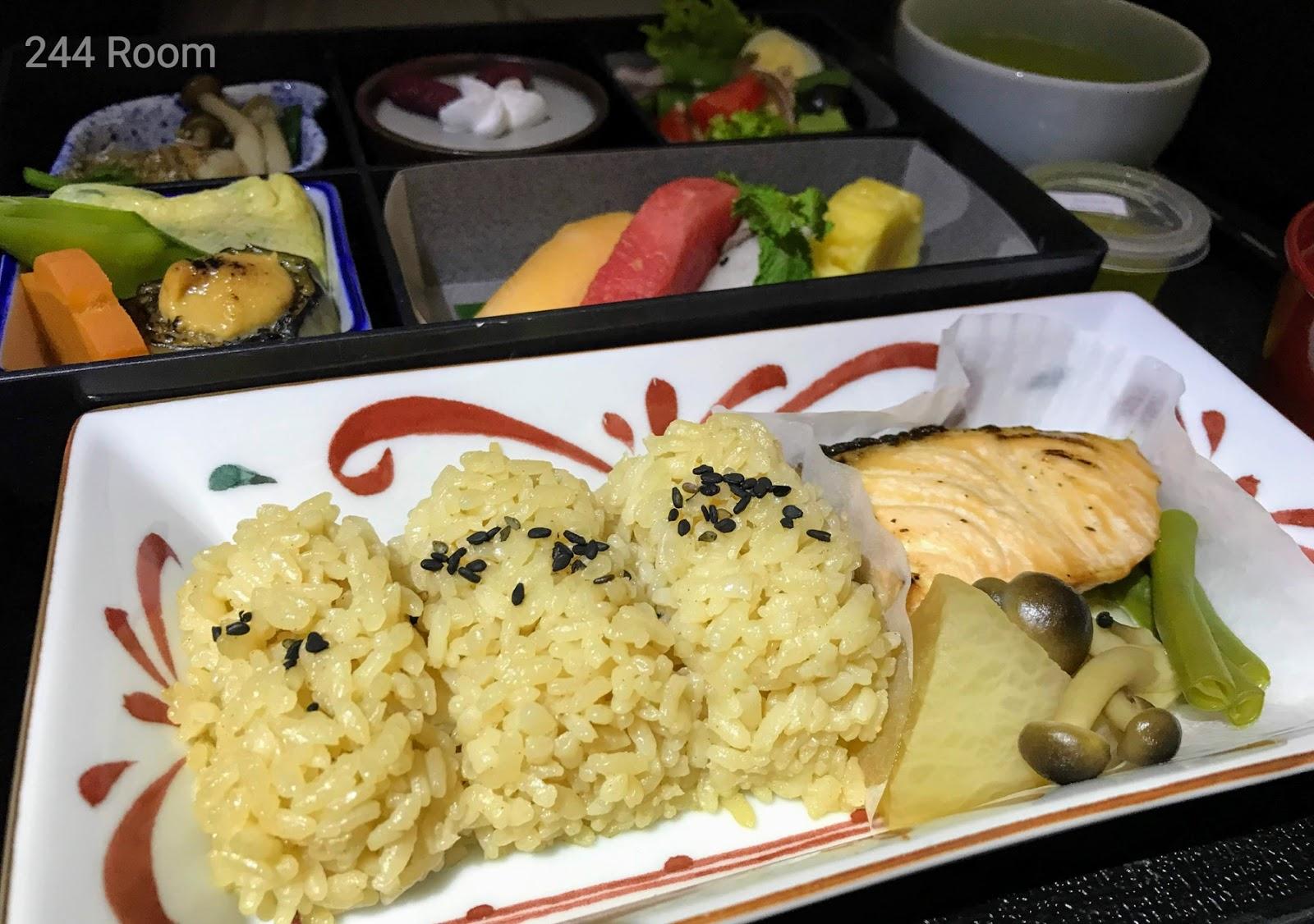 JALビジネスクラスシート機内食3 Business class flight meal