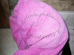 накрываем чем-то теплым - одеялом , полотенцами и оставляем до полного остывания