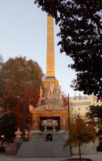 monumento sin llama
