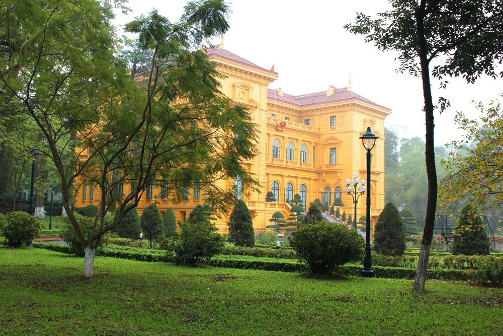Hanoi Presidential Palace, Vietnam - lifestyle & travel blog