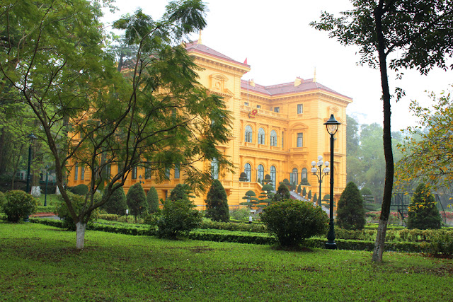 Hanoi Presidential Palace, Vietnam - lifestyle & travel blog