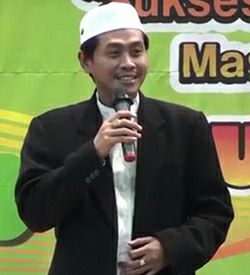 Download Mp3 Ceramah KH Anwar Zahid