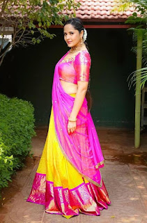 Indian TV Girl Anasuya Bharadwaj Stills in Traditional Pink lehenga Choli (2)