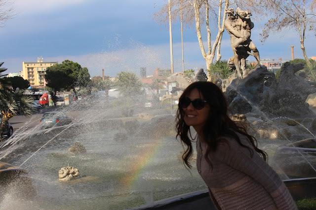 arcobaleno nella fontana di catania