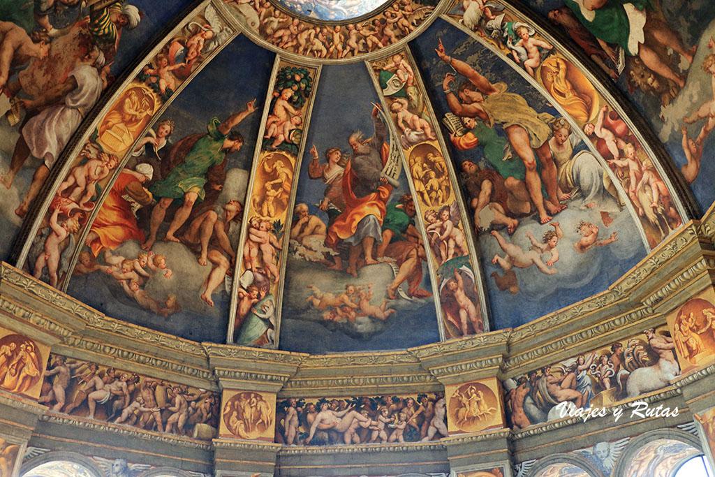 Cúpula de Pordenone de la Basílica Santa Maria Campagna de Piacenza