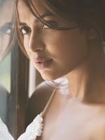Amala Paul Latest Stills-cover-photo